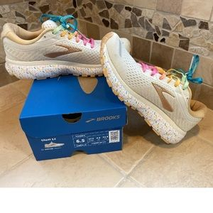 Brooks ghost 12 limited edition